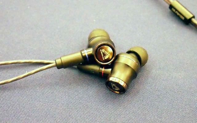 画像: ▲「HA-FW1500」。11月発売で、想定市場価格は¥60,000前後