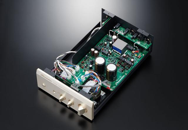 画像: 「EA-550」の内部