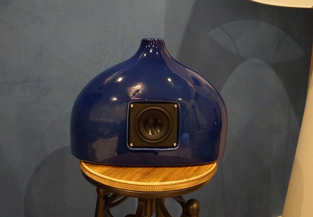 画像: 陶器を使ったスピーカーの「Aline」。本体カラーは様々に変更可能とか