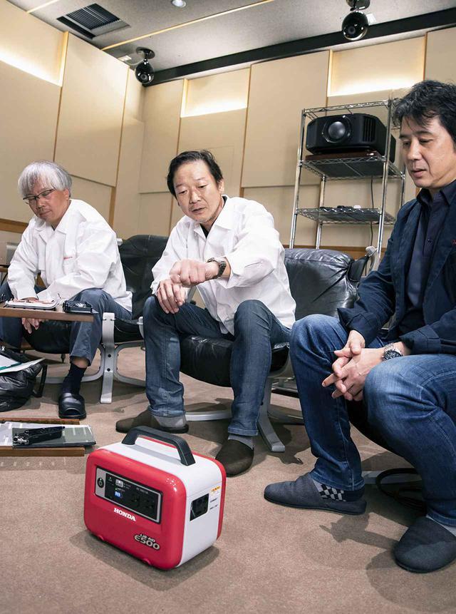 画像: E500 for Musicのベースとなった蓄電機「E500」も準備して、両モデルでの再生音の違いも確認している