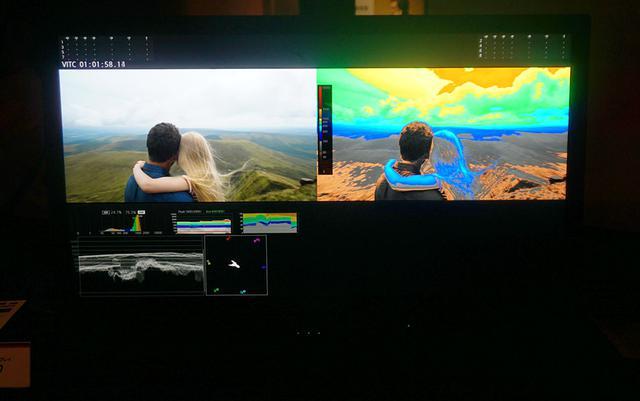 画像: 同社の展示会にて。DP-V3120では、入力信号の内容を解析・表示できる「HDRモニタリングアシスト機能」も搭載されている