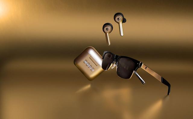 画像: Skullcandy、12 MOODSキャンペーンの最新カラーのゴールドをまとった完全ワイヤレスイヤホン「Indy Dope Gold」を12月13日に発売。9FIVEとのコラボサングラスもラインナップ