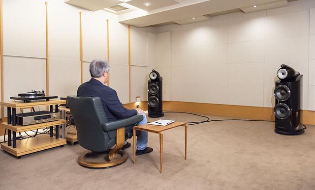 画像: 再生システムにはステレオサウンド試聴室のリファレンスを使っている。アンプはアキュフェーズ「C-2850」+「A-250」、フォノイコライザーは「C037」で、スピーカーにはB&W 800D3を組み合わせている