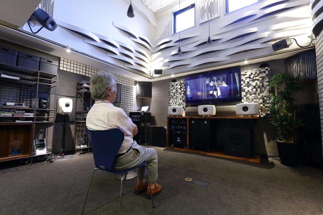 画像: 取材はジェネレックジャパンの視聴室で行なった。プレーヤーは、オッポデジタルのUDP-205、コントロールAVセンターはマランツのAV8805を使っている