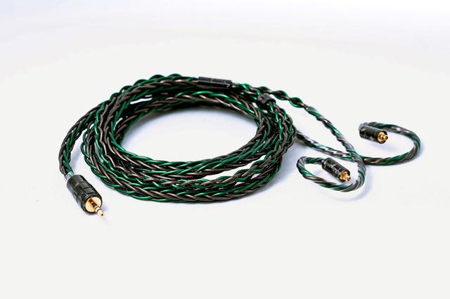 画像: 10周年記念限定モデル「Emerald MK II 8-Wire LC」