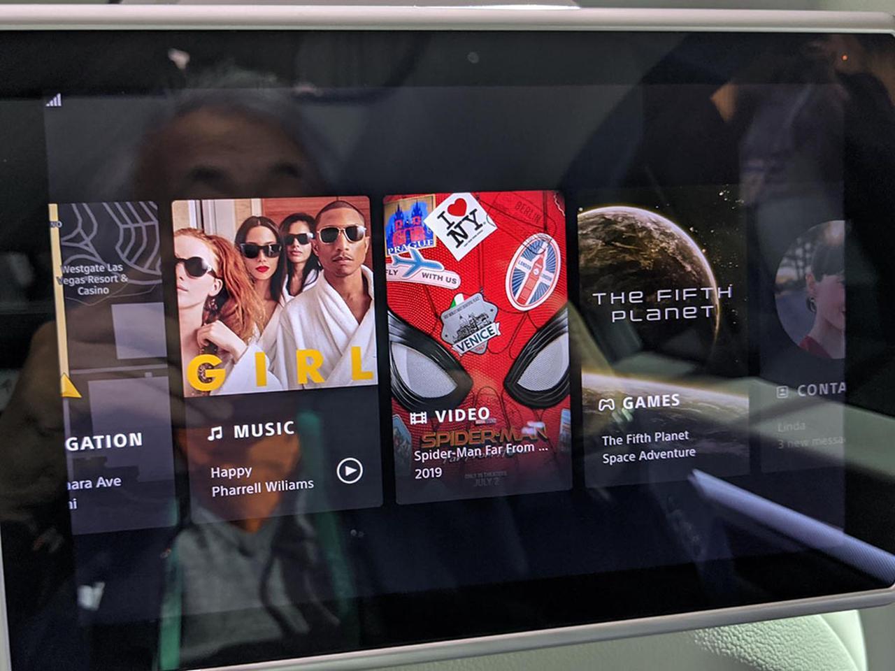 画像: 映画、音楽から好きなコンテンツを選ぶ