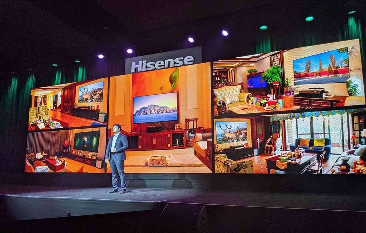 画像: ハイセンスのレーザーテレビは、中国で売れている。その使用シーン(1月6日のマンダリンベイホテルでのプレス・カンファレンス)