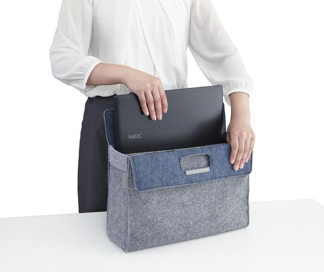 画像: 15.6型ノートに比べて約40%体積を少なくでき、フリーアドレス仕様のオフィスなどでは、荷物カバンにスッと収納できるスリム&コンパクトさを実現