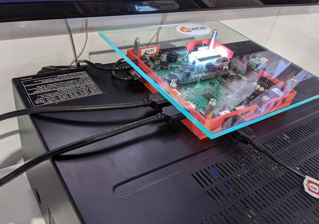 画像: ドイツのINVECASのチップセットでパソコンからの映像をHDMI2.1に変換