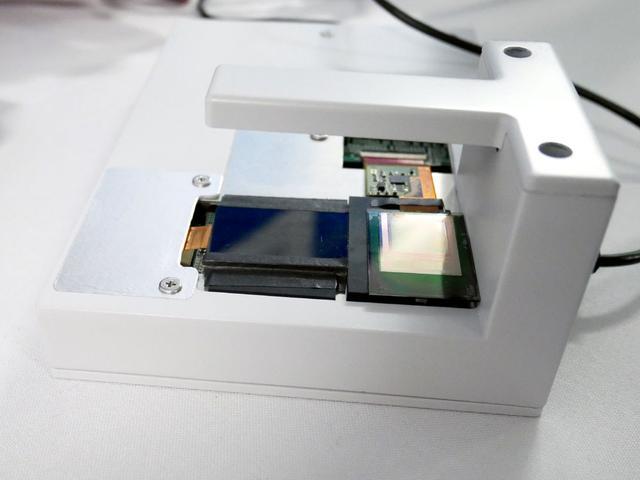 画像1: ジャパンディスプレイ、東大と共同で、薄型・フレキシブルな生体認証用センサーを開発。高速・高解像度での読み出しを実現。3年後の実用化を目指す
