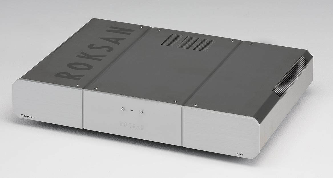 画像: 強化電源ユニットCaspian RPM。ACシンクロナスモーターを極限まで静かに回すためのDCパワーサプライ。AC電源を一度DCに変換してからACに戻すことで家庭の電源環境の影響を排除している。