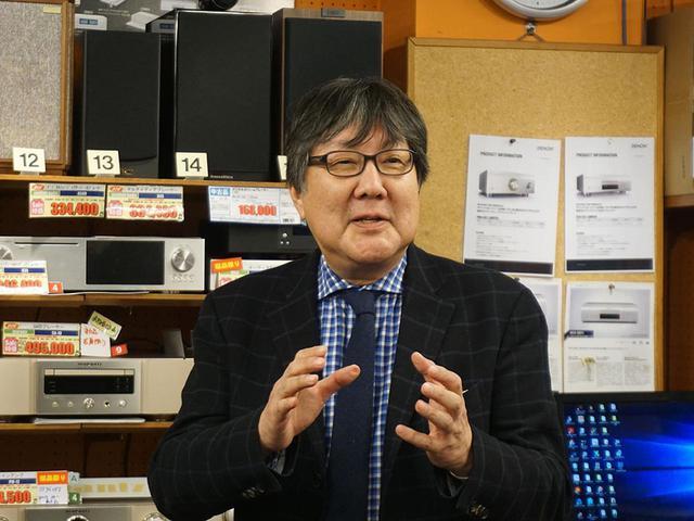 画像: 三菱電機ライフネットワークの佐藤 岳さん。名人芸の語りで来場者を釘付けにしていた