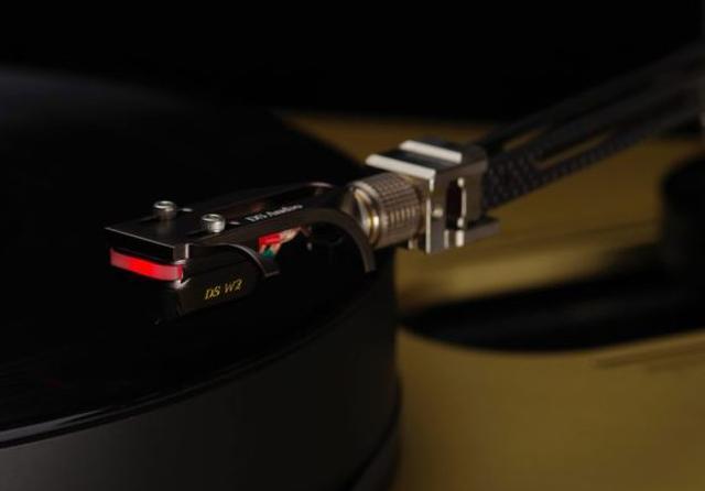 画像: イベント当日使われるDS-W2 光カートリッジ 税別400,000円 www.ds-audio.biz