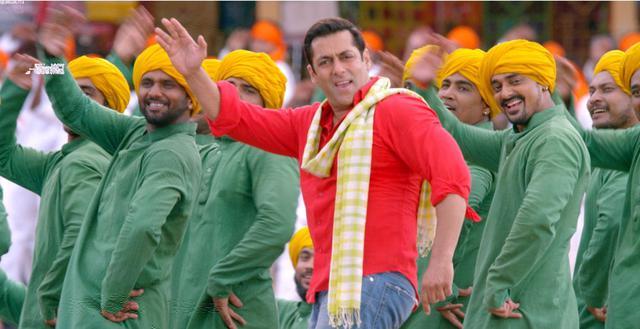 画像3: 【コレミヨ映画館vol.37】『プレーム兄貴、王になる』 大アクションに大群舞。鮮やかな色彩、ハッピーなストーリー! インド映画の楽しさあふれるエンターテインメント