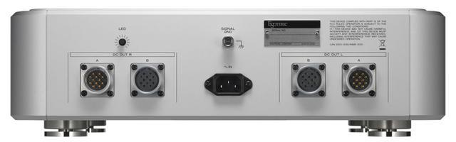 画像: 外部強化電源「Grandioso PS1」のリア