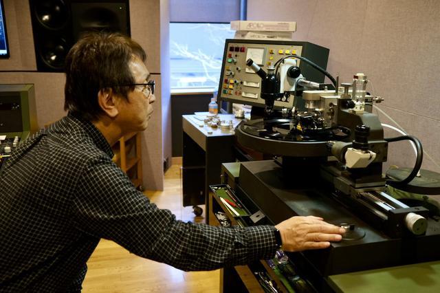 画像: 北村勝敏・ポリグラム、日本ビクターを経て、2017年よりミキサーズラボ とエンジニア契約。さまざまなレーベルで、これまでに8,000タイトル以上のカッティングをこなしてきた、腕利きカッティングエンジニア。2019年 第26回日本プロ音楽録音賞 アナログディスク 特別賞 受賞