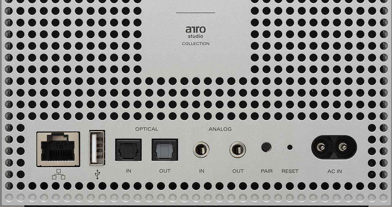 画像: 接続はWi-Fiのほか、LAN、USB、Bluetooth、オプティカル、アナログが入力可能