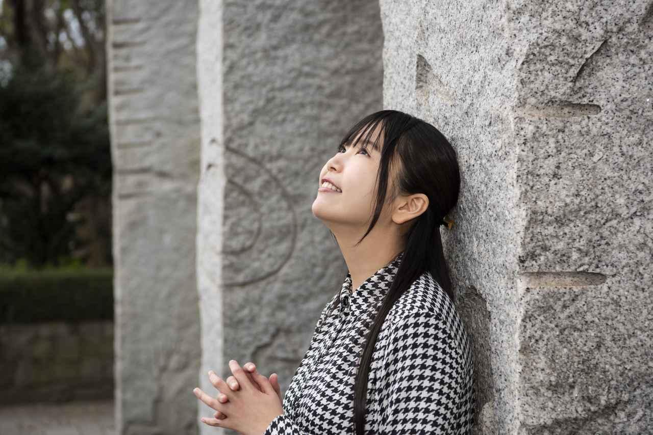 画像: 声優の小岩井ことりさん
