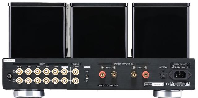 画像: 入力端子はPHONO(MM)1系統、ライン4系統の他にメインインを備え、本機をパワーアンプとしても使用可能。スピーカー出力は1系統で4Ω〜8Ωに対応。