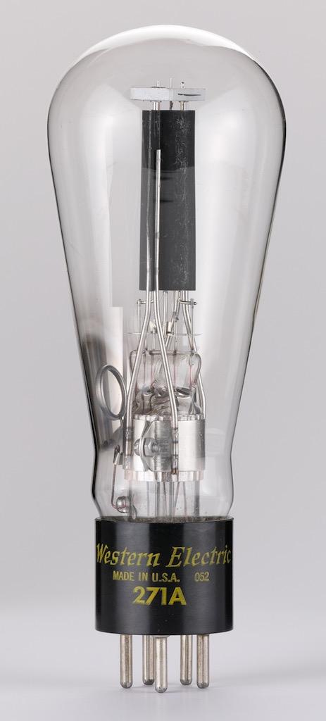 画像: 傍熱型3極管ウェスタン・エレクトリック271A。最大プレート電圧450V、最大プレート電流60mA。