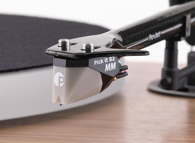 画像: ↑付属カートリッジはオルトフォンと共同開発したMM型Pick it S2 MM。交換針はPick it S2 MM STYLUS(¥10,000)。