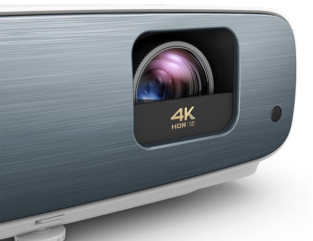 画像1: HDR10やHLGにも対応し、迫力あるスポーツ映像も楽しめる。BenQのホームエンタテインメント向け4K DLPプロジェクター「TK850」は6月27日に発売