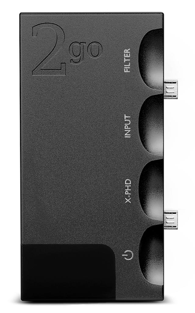 画像: 2go本体。Hugo2とは2つのmicro USBで接続し、ピンで固定する。
