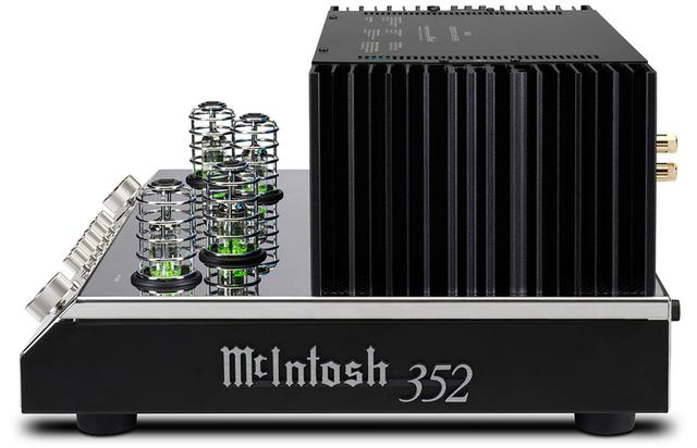 画像: サイドから見るとMC275をモチーフとしたデザインであることがわかる。