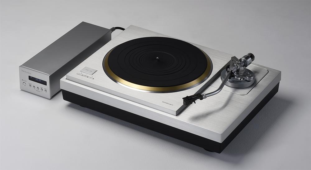 画像: 試聴に使用したレコードプレーヤー テクニクス  SL10000R ¥1,600,000