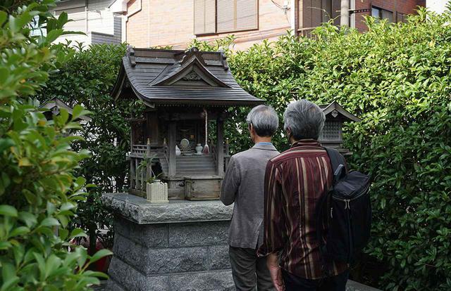 画像: スタジオ内には「大魔神社」も祀られている。クランクインのヒット祈願などもここで行われるとか