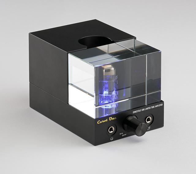 画像: Integrated Amplifier キャロットワン ERNESTOLO 50k LIMITED ¥89,000 ●定格出力:12W+12W(8Ω)、25W+25W(4Ω)、600mW(ヘッドフォンアンプ部)●入力端子: LINE1系統(RCAアンバランス/リア、3.5mmステレオミニプラグ/フロント)●スピーカー出力端子:1系統(バナナプラグ対応)●使用真空管:CV4003(Mullard)×1●寸法/重量:W76×H75×D150mm/1.1kg●備考:電源アダプターDC12V/5A、国内120台限定