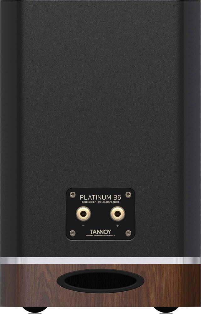画像: ↑Platinum B6のリアパネル。スピーカー端子は24K金メッキ仕上げで、シングルワイヤ接続のみ。本体カラーは両モデル共に木目調、ブラック、ホワイトの3色展開