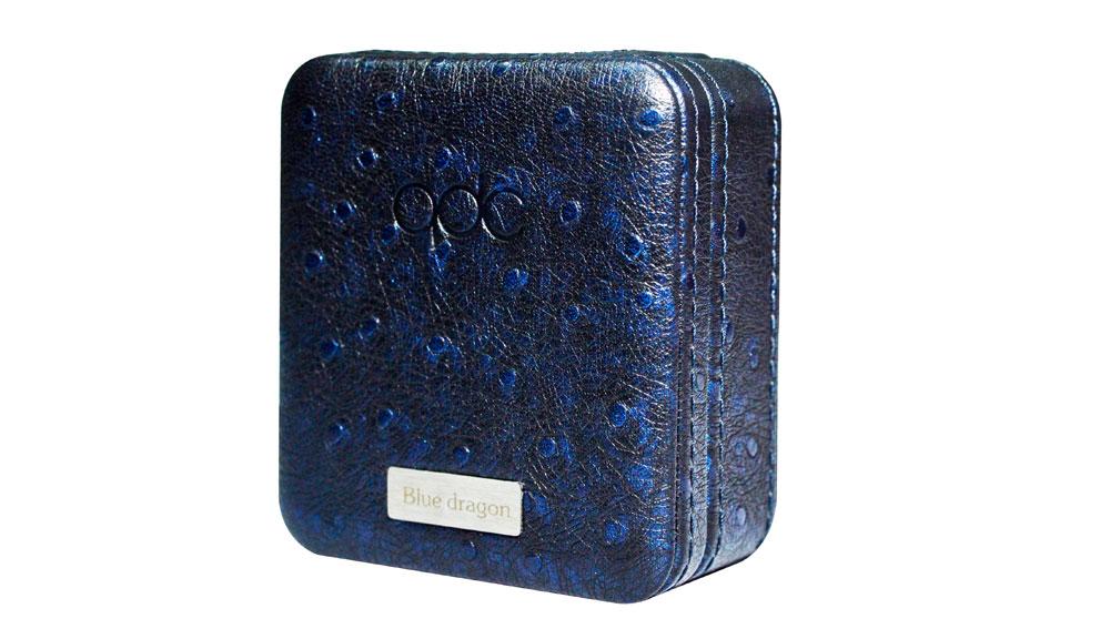 画像2: qdc、金を使用したフェイスプレートと、約800個のサファイアを散りばめたラグジュアリー仕様のユニバーサルIEM「Blue Dragon」を発売