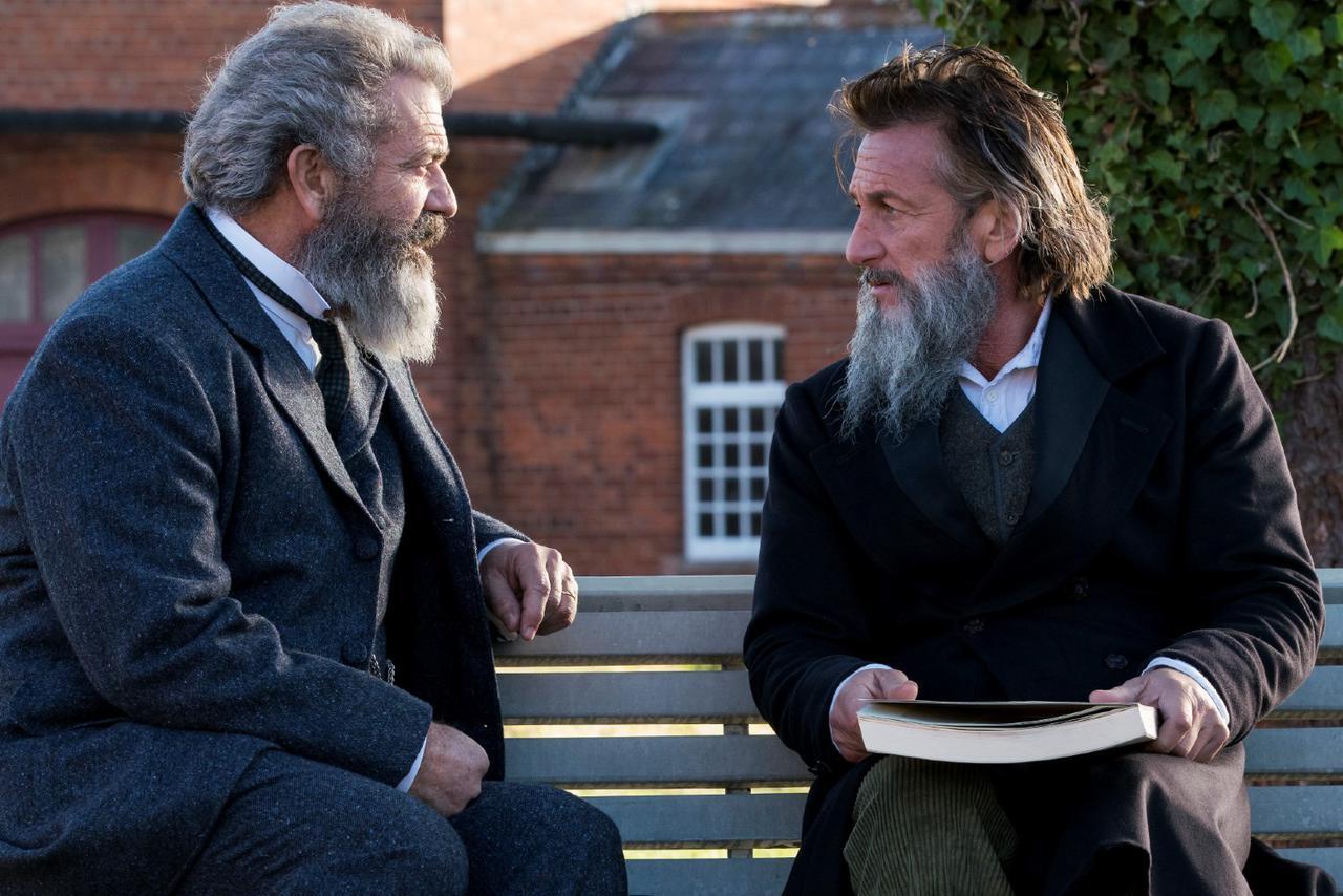 画像: 1800年代後半のイギリスを舞台に、二人の男性が知性を介した深い友情を結んでいく。メル・ギブソン×ショーン・ペンという、映画ファンであれば心躍る豪華な顔合わせが嬉しい