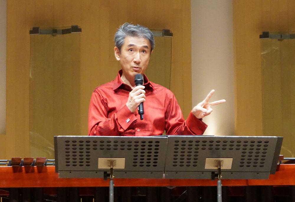画像: ソロ・マリンバ演奏者の名倉誠人さん