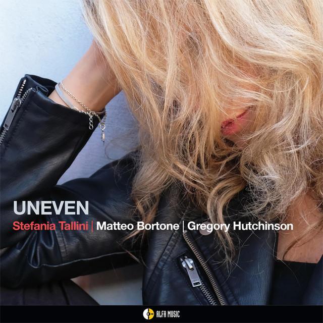 画像: UNEVEN/STEFANIA TALLINI