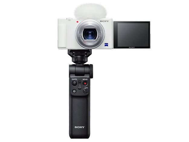 """画像2: ソニーの""""VLOGCAM""""に新色ホワイトが登場。スマホからのアップグレードユーザに向けて、女性層も手に取りやすい本格カメラを提案"""