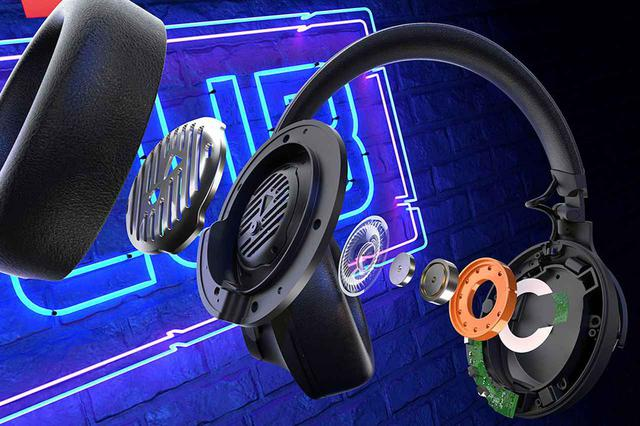 画像: CLUB ONEの内部構造。スピーカーのプラスチック筐体にはJBLを象徴するオレンジのカラーを採用し、イヤーカップから内部のオレンジ色を覗くことができる