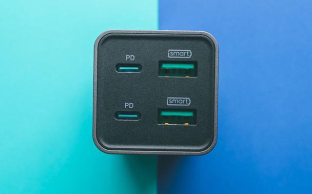 画像: RAVPower、GaN採用のコンパクトなUSB充電器「RP-PC136」を発売。USB PD65Wに対応