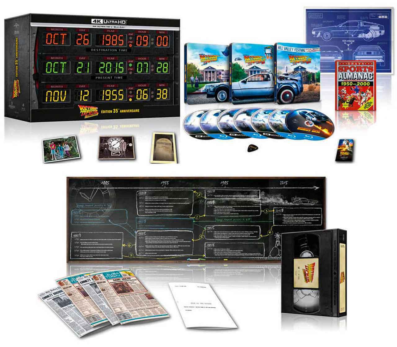 """画像: - Back to the future in 2D + 4K blu-ray (Dolby Vision, HDR10+ and HDR10) - Back to the future 2 in 2D + 4K blu-ray (Dolby Vision, HDR10+ and HDR10) - Back to the future 3 in 2D + 4K blu-ray (Dolby Vision, HDR10+ and HDR10) - an exclusive steelbook for each film - a bonus - a box in the form of a VHS cassette - French script of the 1st film (60 pages) - A chronological poster of the 3 films - a Gibson mediator - DOC & CLINT family lenticular map and DOC & CLINT grave lenticular map - Postcard inauguration of the clock - Newspaper Excerpts - the Dolorean Blueprint poster - a """"Back to the Future"""" magnet. - The Almanac of Sports"""