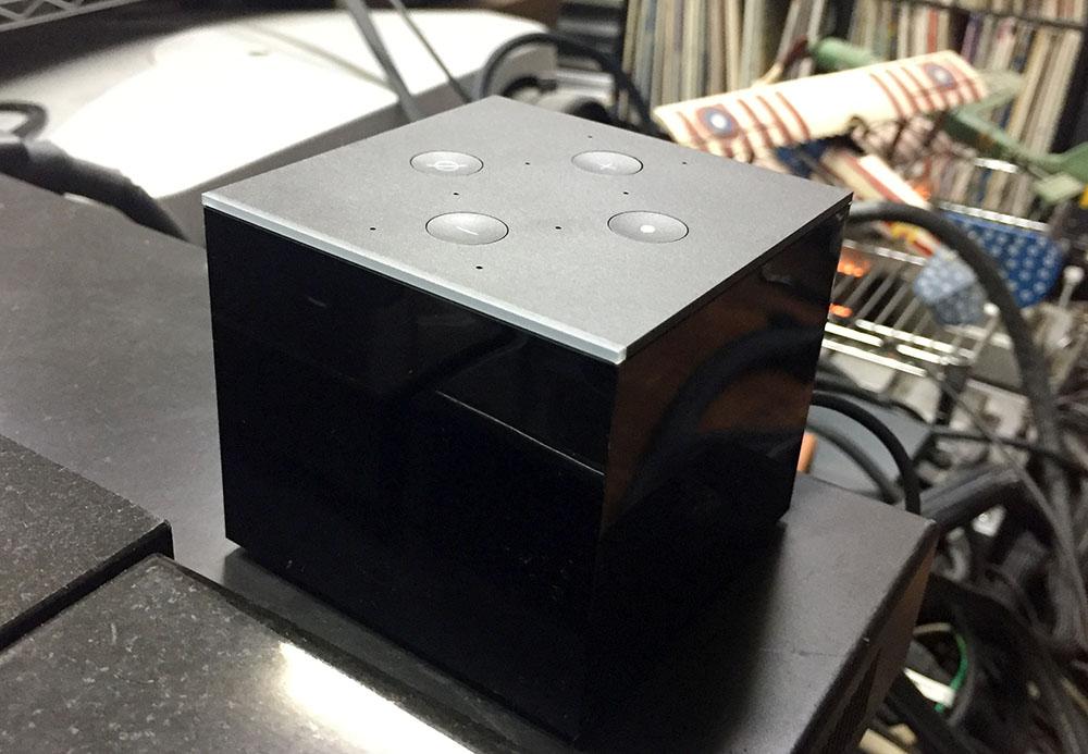 画像: 麻倉さんのシアタールームでは、アマゾン「fire tv cube」 を使って配信コンテンツを楽しんでいるとのこと