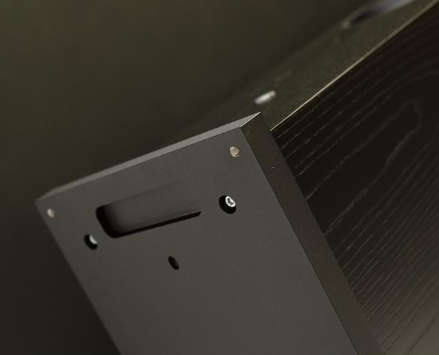 画像: MAJIK 140と比べて変更したのはこのアルミの台座部分のみ