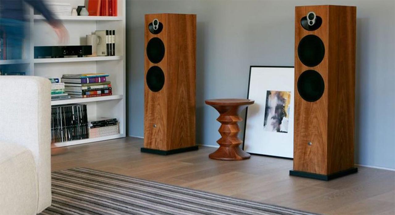 画像: 世界的に人気のリン「MAJIK 140」スピーカーがグレードアップ。肉厚金属製強化スタンドを標準装備した「MAJIK 140 SE」が9月に発売決定 - Stereo Sound ONLINE