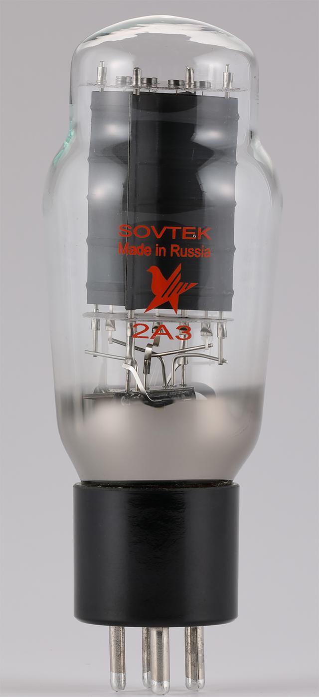 画像: 搭載する3極出力管2A3はロシアSOVTEK製。