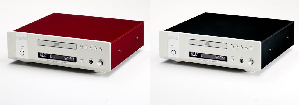 画像: 従来のレッド(写真左)に加えて、ブラック仕様(右)が追加される