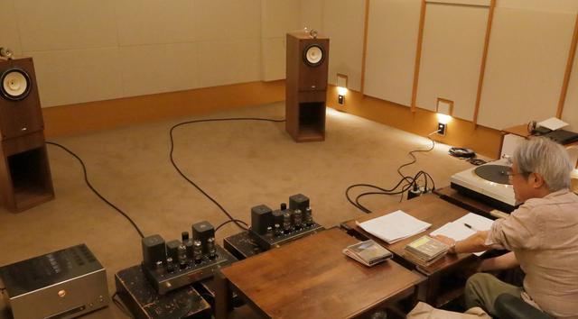 画像: 試聴スピーカーには、B&W 800D3に加え、フォステクスFE208NS(BK208NS)+T96Aのシステムも使用した。