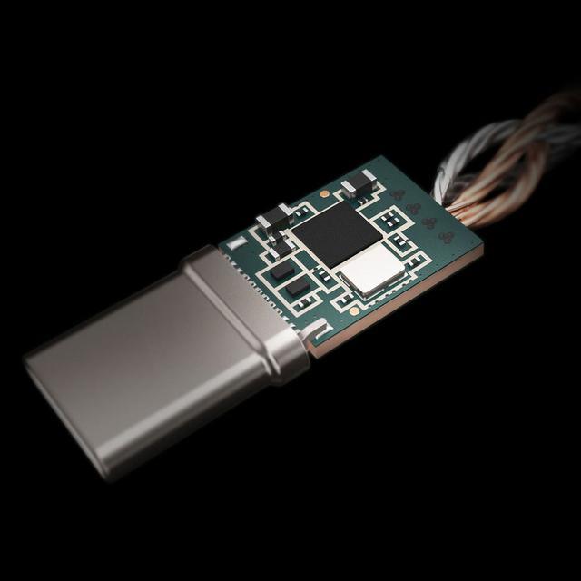 画像2: ラディウス、USB Type-Cコネクターに接続して使うDAC内蔵ヘッドホンアンプ「RK-DA50C」を11月30日に発売