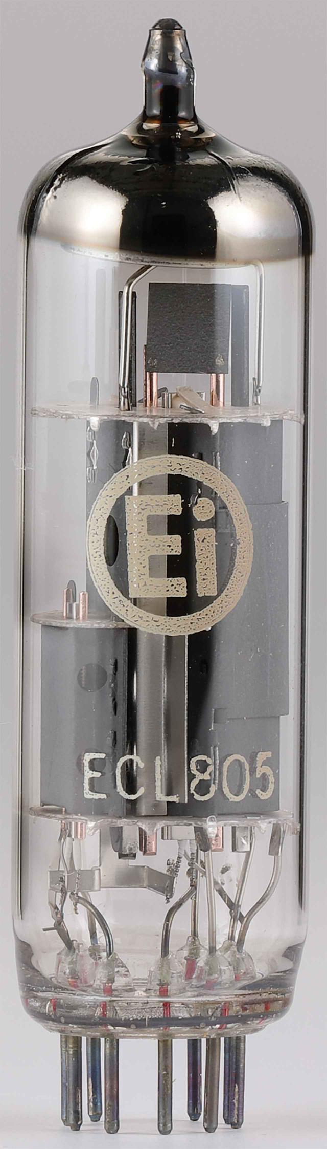 画像: 出力管は3極5極複合管ECL805/6GV8。東欧のEi社で生産されたもので6.3V/0.86A規格。3極部のμは50、5極部のプレート損失は9W。