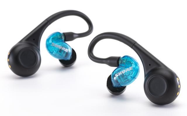 """画像: SHUREのイヤホン「AONIC 215 True Wireless」はワイヤレスでも""""シュア掛け""""できる、MMCXタイプユーザー必見モデル"""