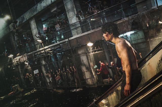 画像2: 【コレミヨ映画館vol.50】 『新感染半島 ファイナル・ステージ』 今度はバトル・アクションだ! ヒット作『新感染 ファイナル・エクスプレス』のその後を描いた話題作
